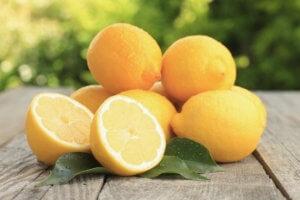 Qué frutas nos ayudan a bajar de peso3