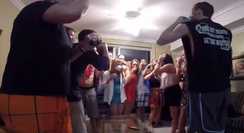 El vídeo al delirium tremens